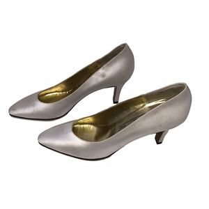 "Bruno Magli Size 8 Women's Dress Shoes 3"" Heels"